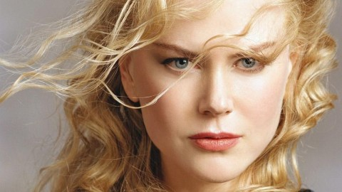 Nicole Kidman signs 'The Silent Wife'