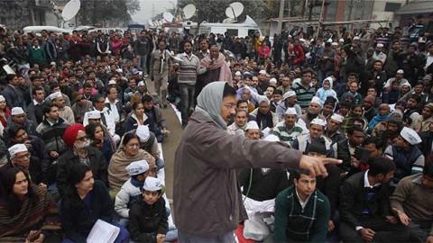 Arvind Kejriwal to swearing-in tomorrow