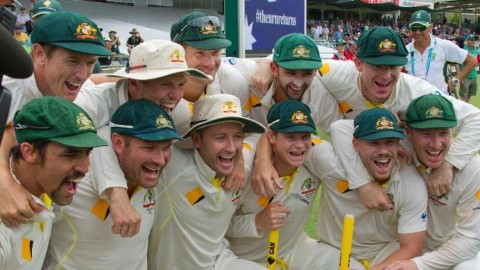 The Ashes returns to the Aussies