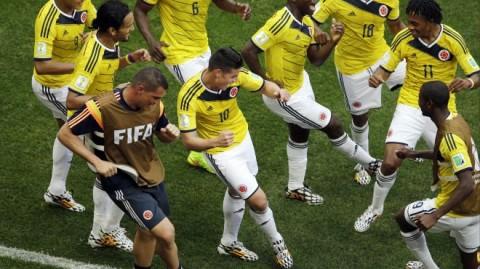 Colombia beats Ivory Coast 2-1