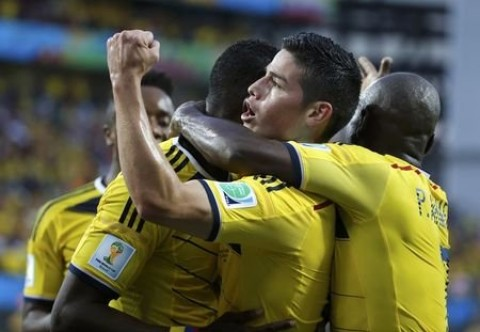 Colombia beats Japan, tops Group C
