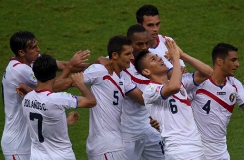 Costa Rica sets up first big upset of the tournament