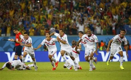 Heartbreak for Greece; Costa Rica moves ahead