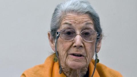 Nadine Gordimer dies at 90