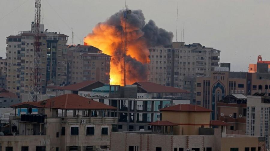 Israel demolishes 2 Gaza High-Rises