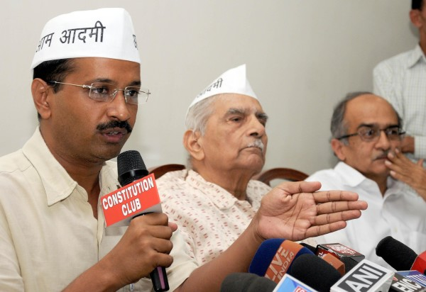 Rifts in Aam Aadmi Party; Shanti Bhushan criticises Kejriwal