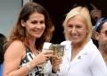 Navratilova proposes to Lemigova at US Open