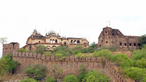 ALWAR: OF BEAUTY & GRANDEUR