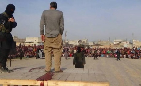 IS militants beheads Syrian man in public for blasphemy