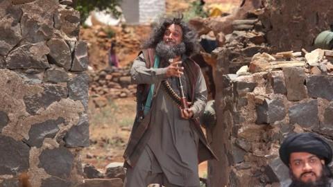 When Piyush Mishra slapped Manish Paul on Tere Bin Laden… sets!