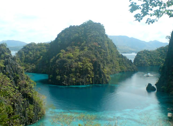 Why Coron Island should definitely be in your Travel List