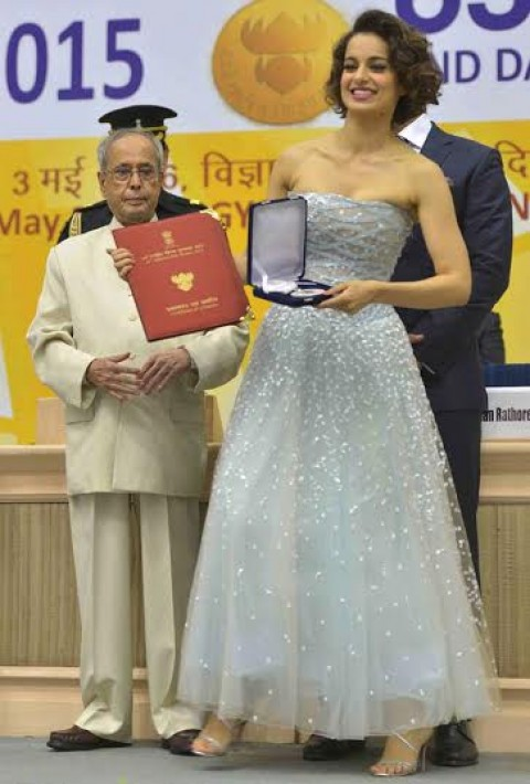 Though mirred in controversy, Kangana Still Stands Headstrong!