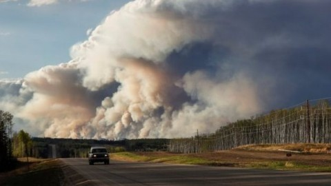 Canadians airlifted from areas affected by a wild furnace