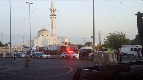 Suicide bomber detonates himself near US consulate in Jeddah