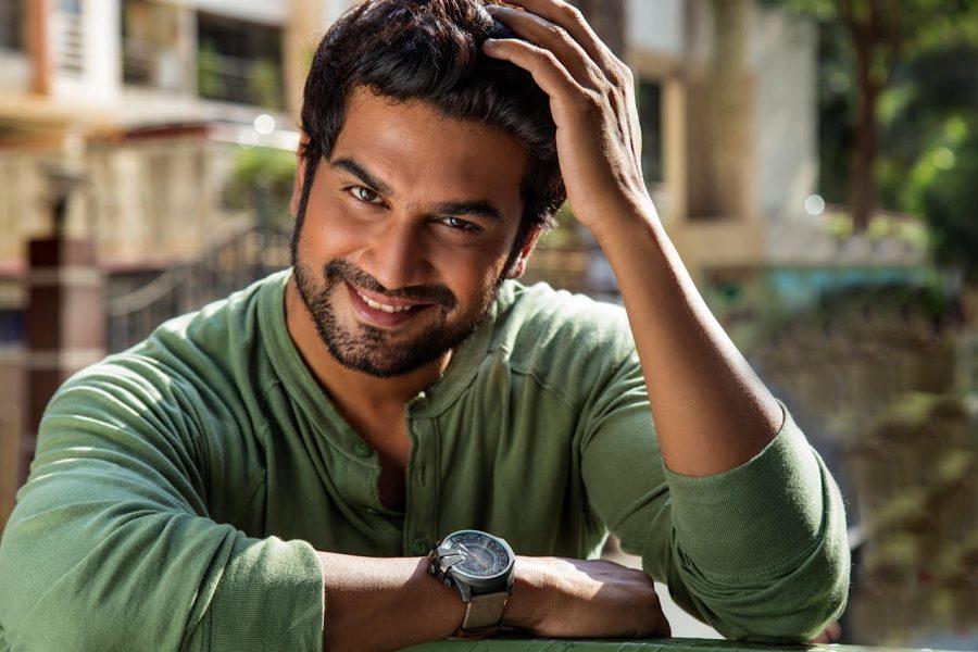 Sharad Kelkar in Santosh Sivan's next!