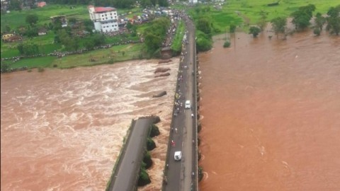 Choppers, divers on raging river after a colonial bridge collapses on Mumbai-Goa highway